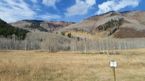 beginning of West Snowmass Creek trail
